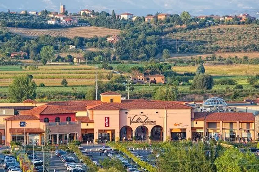 Stunning Outlet In Toscana Contemporary - ubiquitousforeigner.us ...
